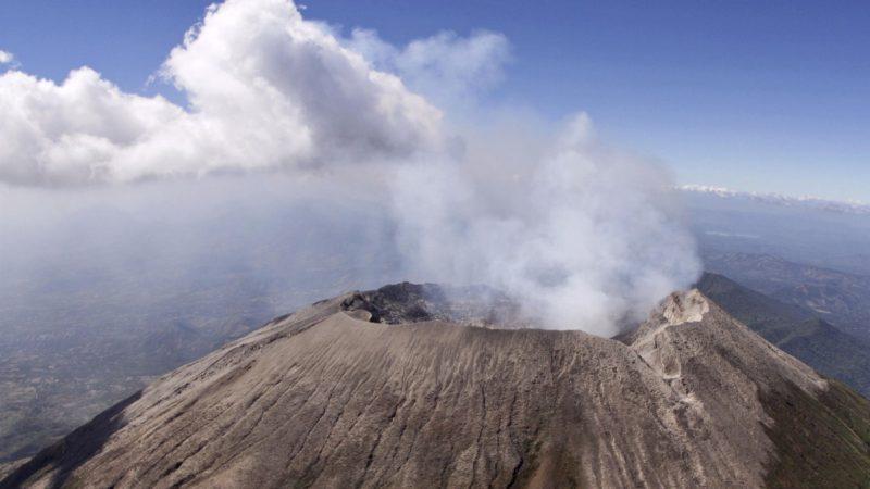 El volcán más grande de Islandia se prepara para entrar en erupción